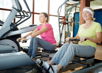 benefits what muscles does rowing machine work